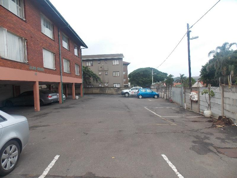 Property For Rent in Montclair, Durban 9