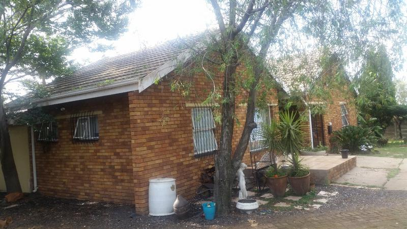 Property For Sale in Witbank, Witbank 2