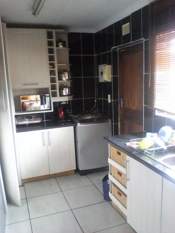 Property For Sale in Ulundi C, Ulundi 8