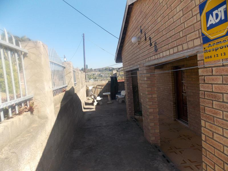 Property For Sale in Wyebank, Kloof 7