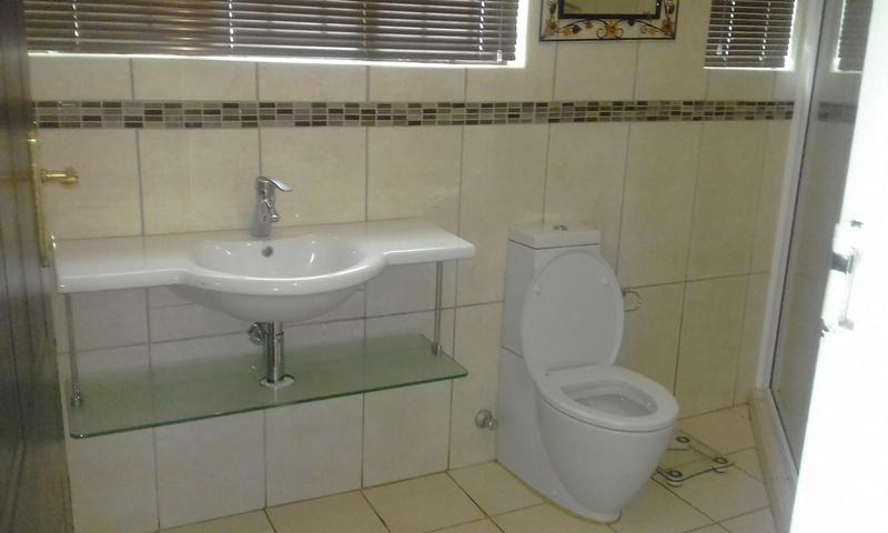 Property For Sale in Empangeni Central, Empangeni 12