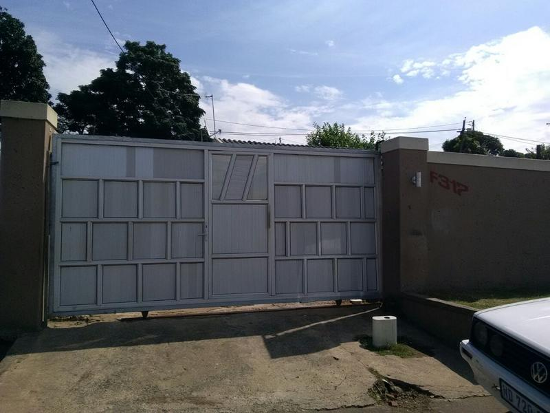 Property For Sale in Kwa-Mashu F, Kwa-Mashu 2