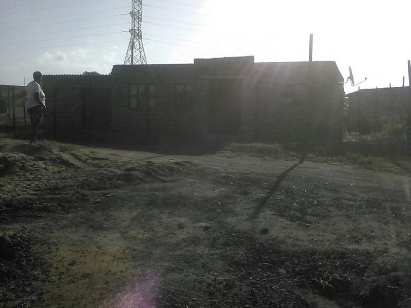 Property For Sale in Ezimbokodweni, Kwamakhutha 1