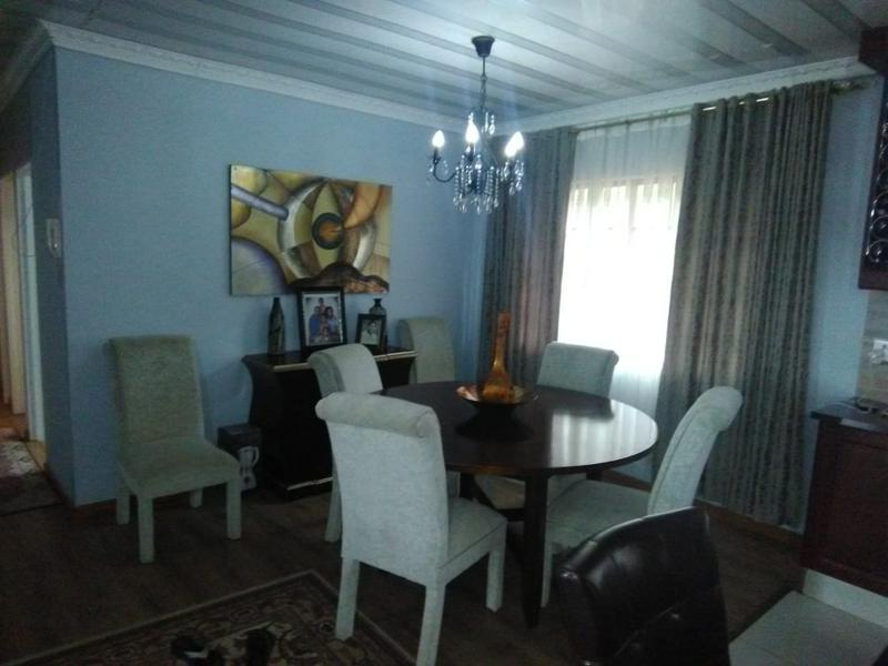 Property For Sale in Amanzimtoti, Amanzimtoti 10