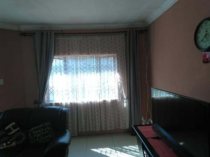 Property For Sale in Umlazi V, Umlazi 6