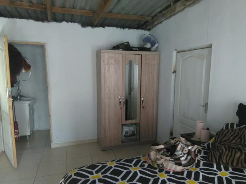 Property For Sale in Folweni, Folweni 18