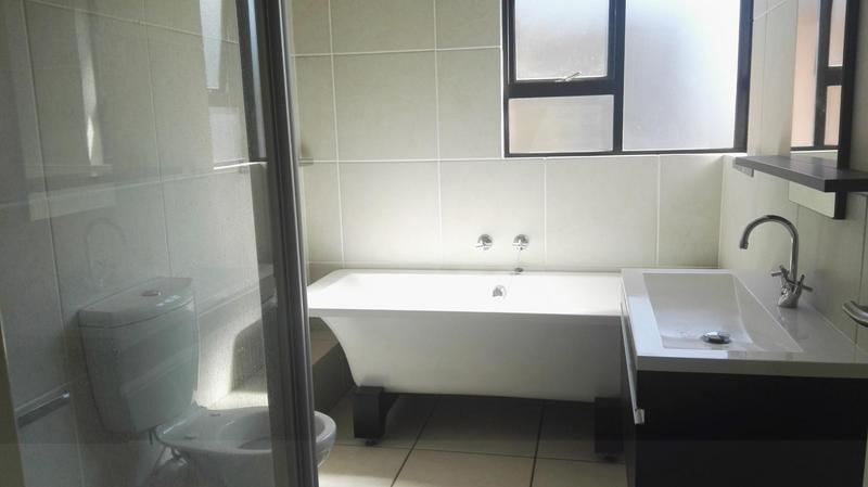 Property For Rent in Douglasdale, Sandton 5