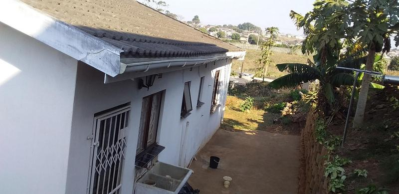 Property For Sale in Kwa-Mashu G, Kwa-Mashu 2