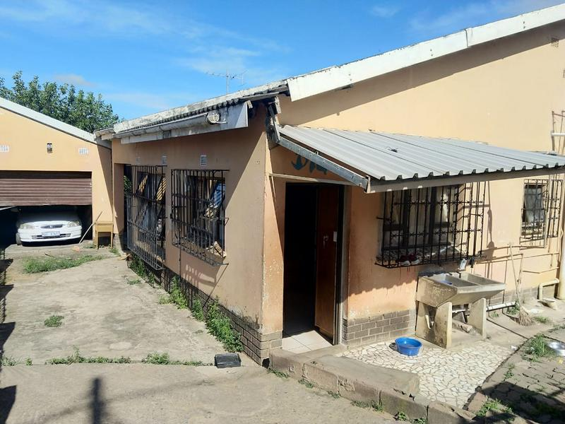 Property For Sale in Umlazi J, Umlazi 6